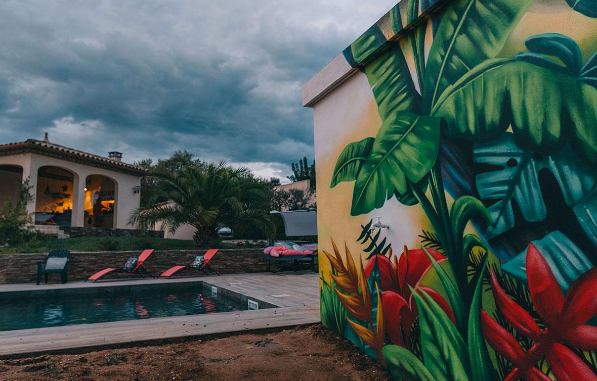 deco-graff-pool-house-pozek