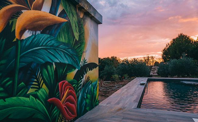 Pool house tropical