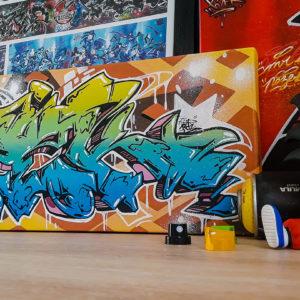 toile-pozekoner-graffiti